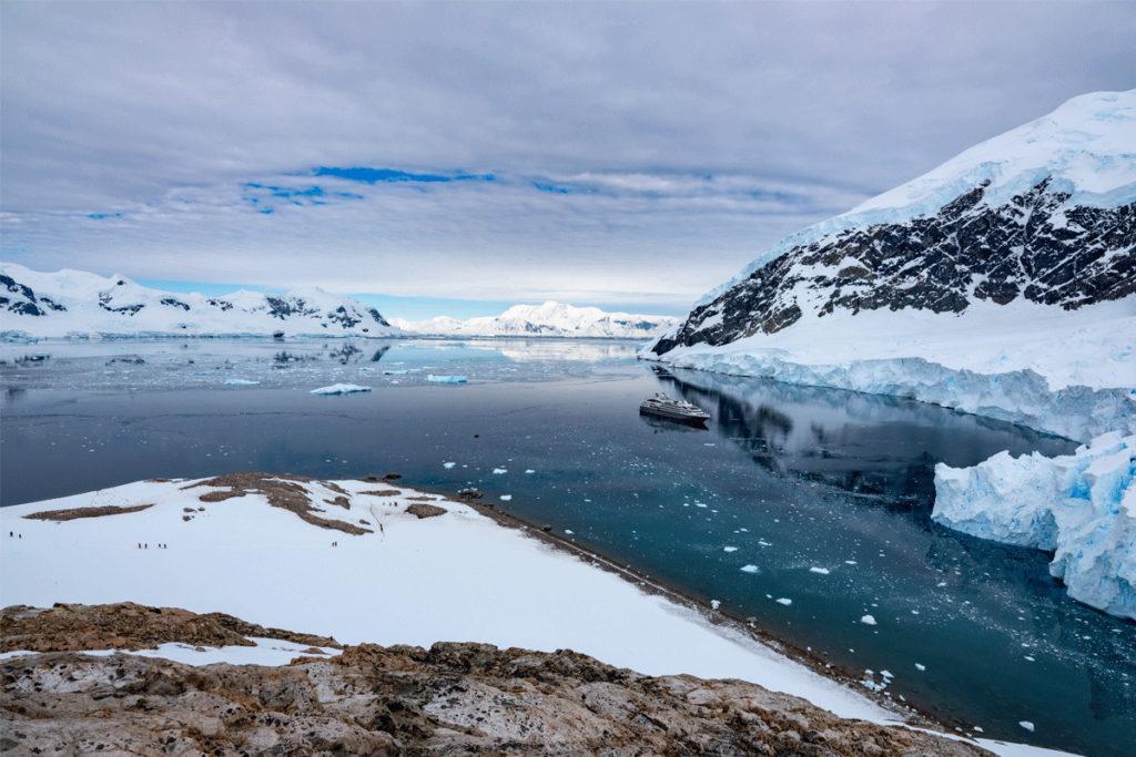 Arctic vs Antarctica - Cruising experience