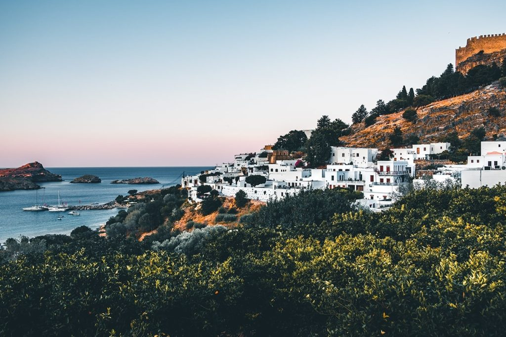 Luxury Travel Trends 2020 - greece-2